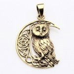 LP bronze Owl on Moon