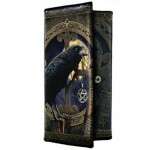 Talisman Purse shows a raven with a pentacle in its beak in front of a full moon