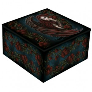 Daemon in Rosa Mirror Box