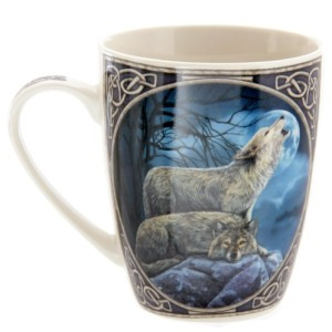 Howling Wolf Mug shows 2 wolves set against a dark blue sky