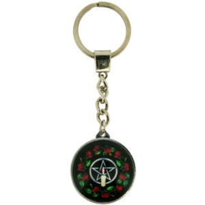 Pentagram Rose Keyring shows a pentagram with a candle in front and red roses around