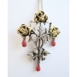 Blood Trinity Pendant has 3 golden roses with hanging red enamelled drops